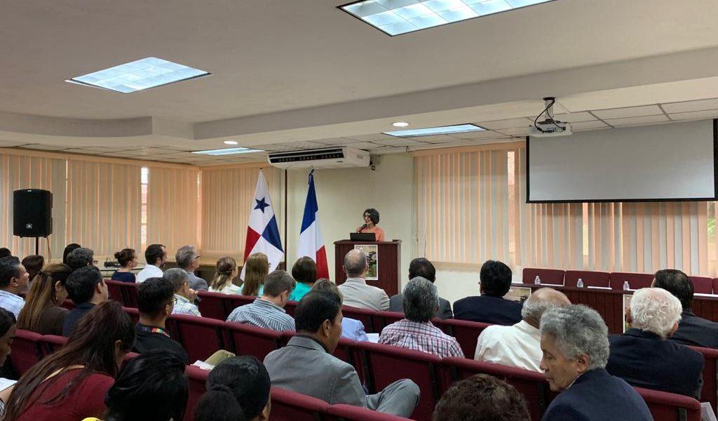 Embajada en Panamá participa en Inauguración de Seminario sobre Gobernanza Ambiental